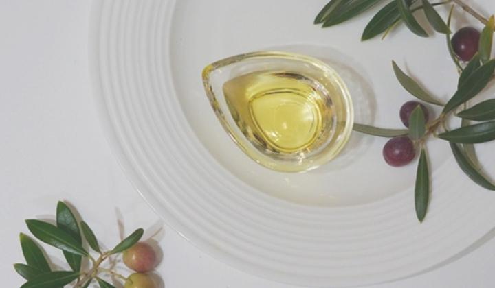 料理に合わせて選んでみよう!オリーブオイルの種類と選び方