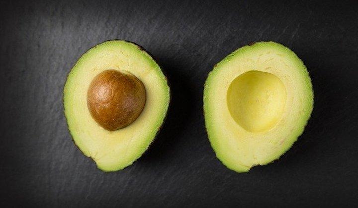 おいしく食べて美しく健康に!アボカドの優れた栄養とその効果