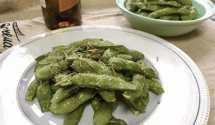 ピリ辛ガーリックとローズマリー&チーズで作る!枝豆アレンジレシピ